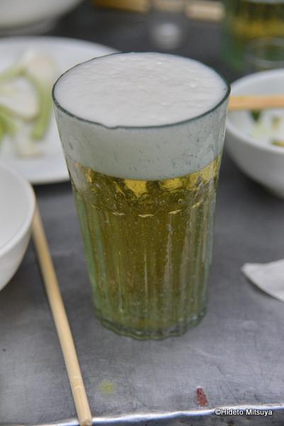 ベトナムで一番安くビールを飲む方法