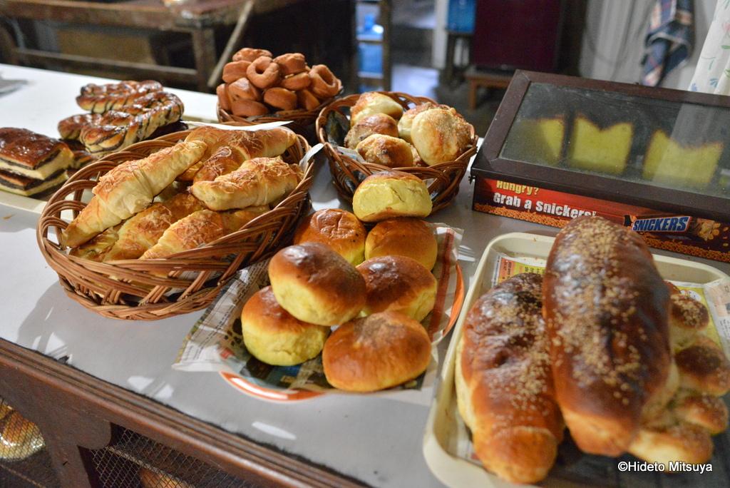 【ネパール】カトマンズタメル地区の安くて美味しいローカルパン屋
