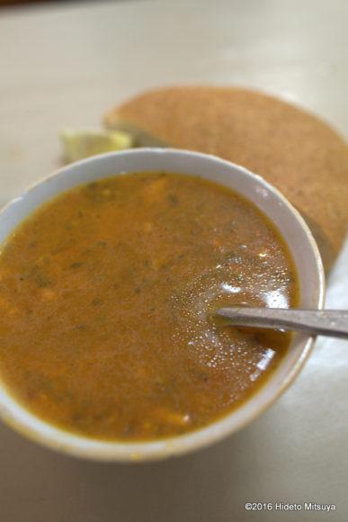 フェズのスープ専門食堂のハリラ