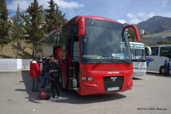 フェズへのバス
