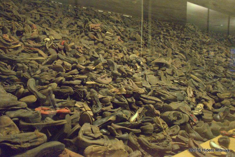 アウシュヴィッツ強制収容所被収容者から没収した靴