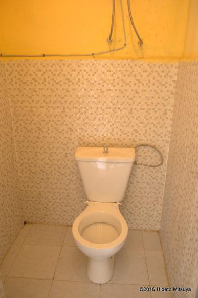 メナタトイレ