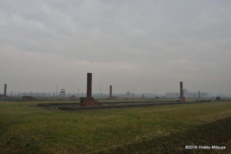 ビルケナウ第二強制収容所被収容者のバラックがあったところ