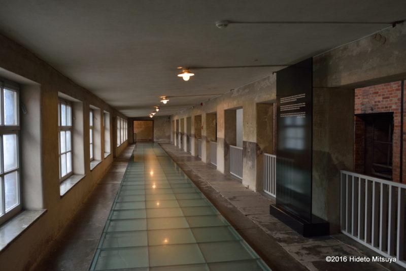 ビルケナウ第二強制収容所の博物館内部の様子2