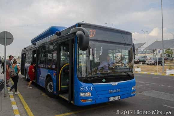 トビリシ駅行バス乗り場