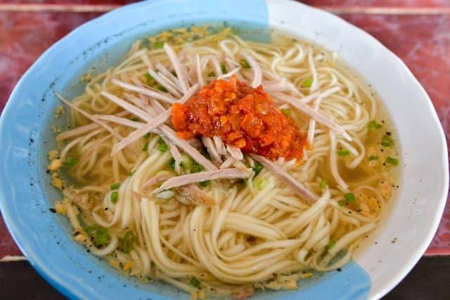 メーサロン名物雲南麺