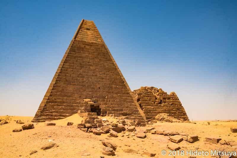 カリーマのピラミッド