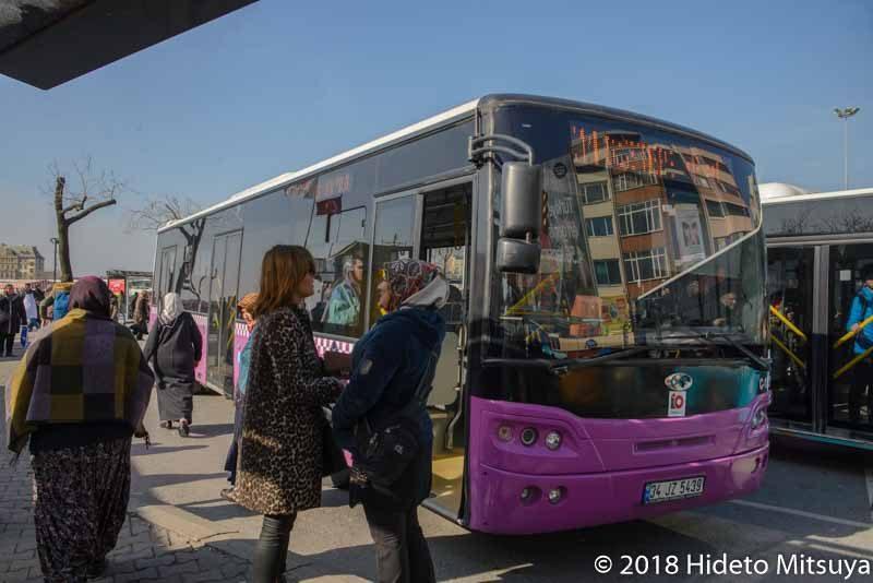 サビハ・ギョクチェン空港行き市バス