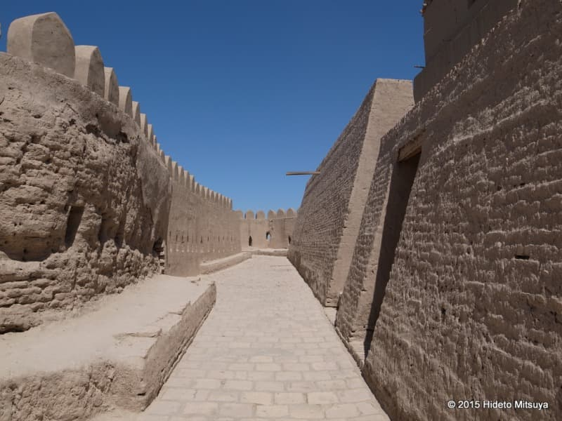 クフナ・アルクの城壁