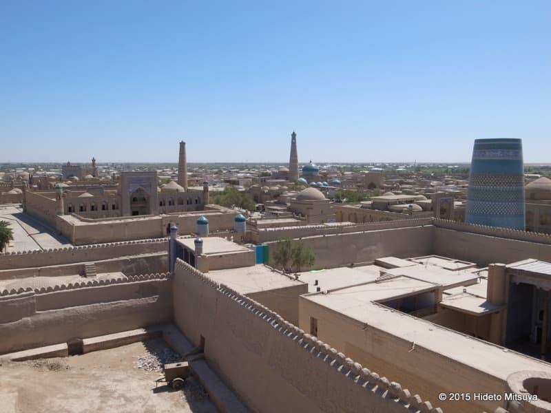 アク・シェイフ・ボボの見張り台からの眺め