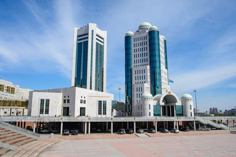 カザフスタンの上院と下院