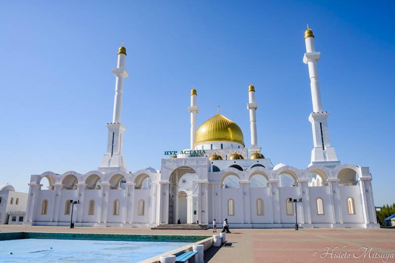 ヌル・アスタナ・モスク外観