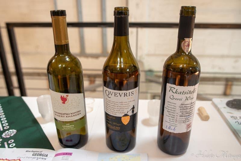 ジョージアワイン展での試飲用白ワイン