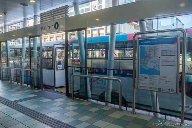 ケープタウン国際空港行きのバス乗り場