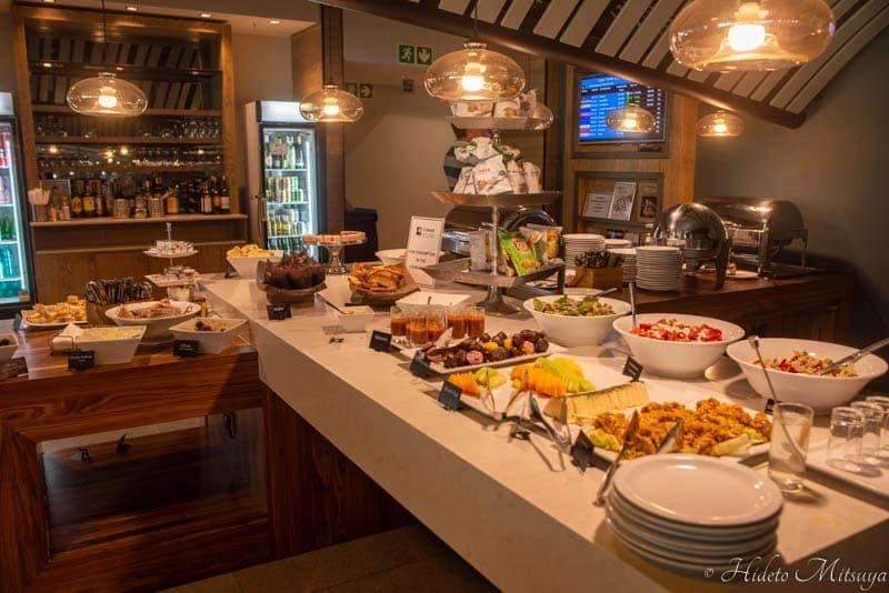 ケープタウン国際空港のBIDVEST PREMIER LOUNGEの軽食
