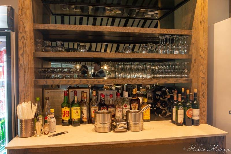 ケープタウン国際空港のBIDVEST PREMIER LOUNGEのアルコール類