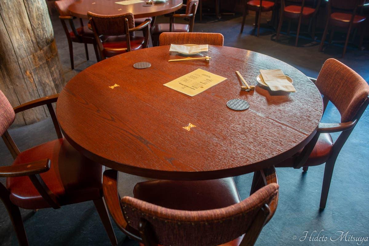 強羅ブリュワリーのテーブル席