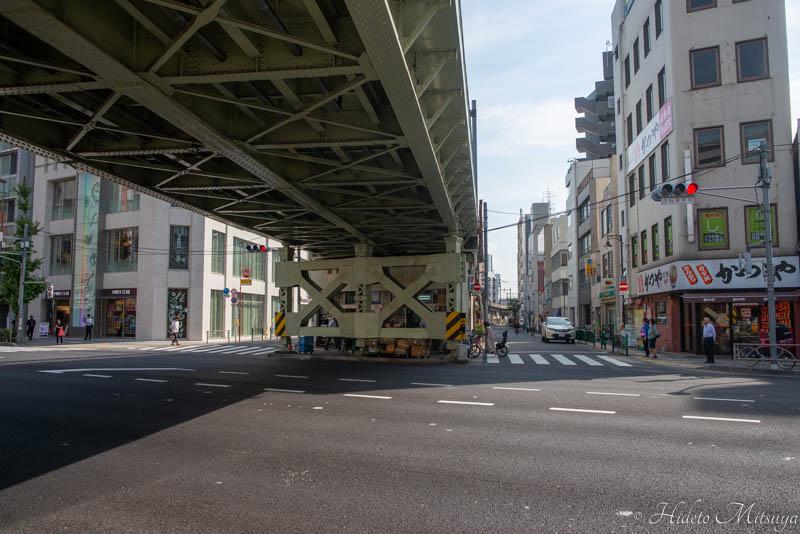 浅草橋駅からHostel East57への道